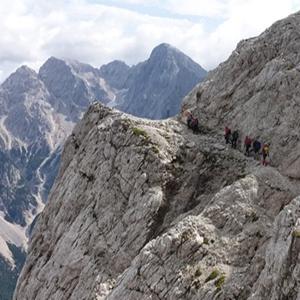 Jubilejna planinska pot Vršič - Zadnje Plate - Prisojnik skozi zadnje okno